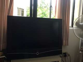 Loewe TV 42inches for sale . Great Sound, Natural Picture.