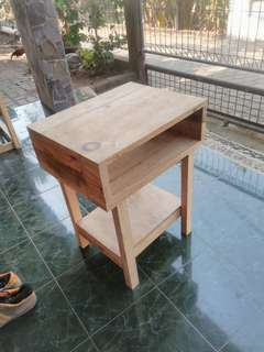Nakas / side table minimalis