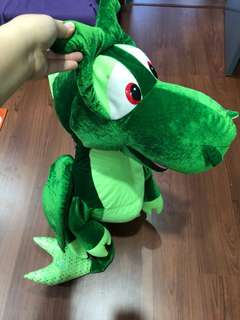 Green Magic Dragon (1 meter tall)