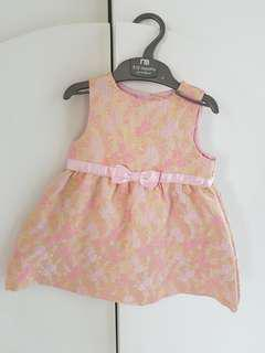 Baby pinkie dress