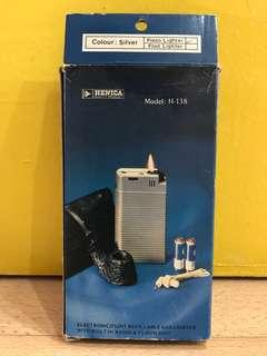 Henica Model: H 138 ( Radio , Flashlight & Lighters)