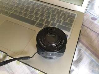 🚚 SONY QX10 智慧型手機外掛式鏡頭相機(黑色) 台灣索尼公司貨
