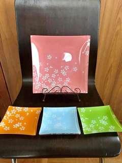 Sakura Plates (4pcs)