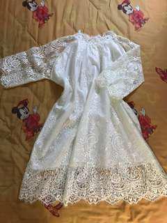 白色lace通花長裙