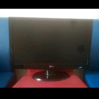 🚚 LG23吋液晶彩色顯示器