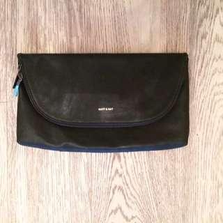 MATT and NAT vegan leather black clutch o/s