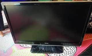 URGENT MUST GO!! Free Original Bracket! 42 Inch Toshiba TV
