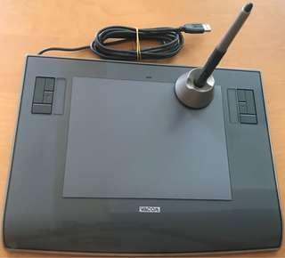 Intuos 3 Wacom Tablet (PTZ-630)