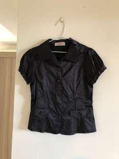 🚚 CUMAR黑色緞面上衣
