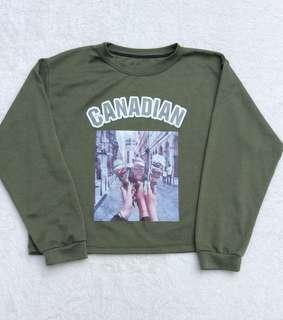 Green croptop sweater