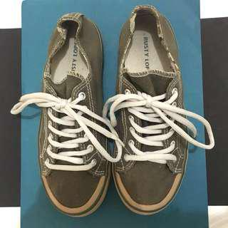 Rusty Lopez Army Green Sneakers