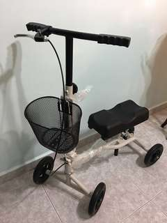 Almost new hardly used knee walker/knee scooter