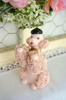 古董貝雷帽粉紅貴賓狗瓷偶