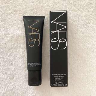NARS Velvet Matte Skin Tint - Finland