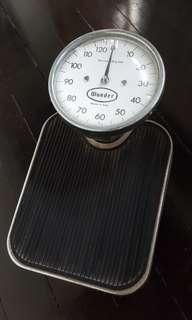 Vintage Wunder Scale