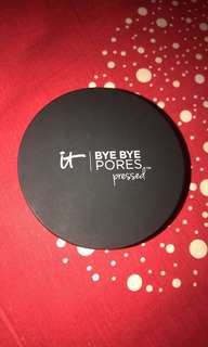 It Cosmetics Bye Bye Pores Pressed Poreless Powder