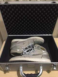 Nike Air Jordan 1 Retro 25th Anniversary