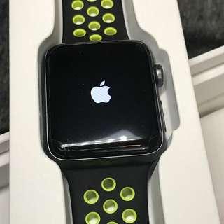 Apple Watch Series 2 42mm - Nike+