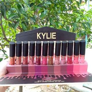 Kylie Lipcream NEW (1 set)