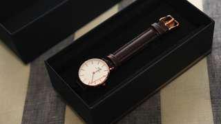 DW 28mm 咖啡色錶帶 手錶