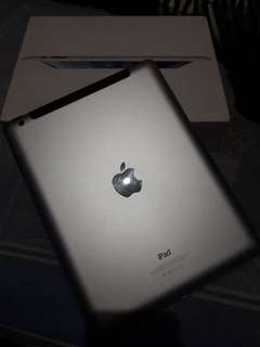 Ipad wifi cellular md526zp/a 32GB