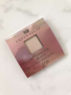 Urban Decay Afterglow 8 Hour Powder Highlighter in shade Nude Sin