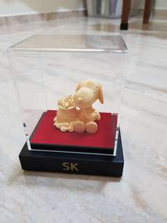 Gold Snoopy