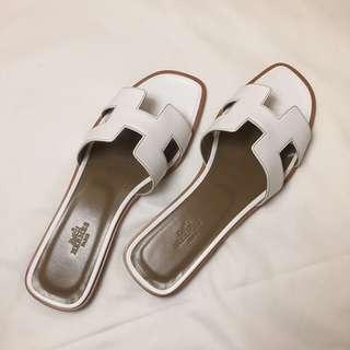 HERMES Oran Sandals 現貨