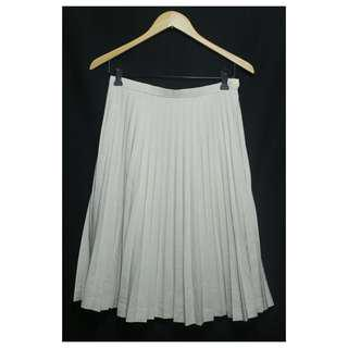 Cream pleated skirt ▪ small - med / size 26 -27 (hipster )  ▪ used once and very pretty in actual ▪