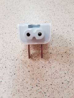 Macbook USA 2 pin plug adapter