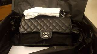 Brand new chanel classic flap medium 25cm 牛皮