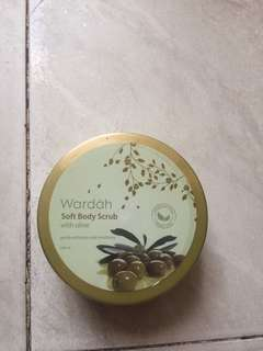 Wardah Soft Body Scrub