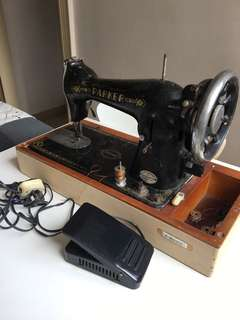 古董衣車 The Parker sewing machine