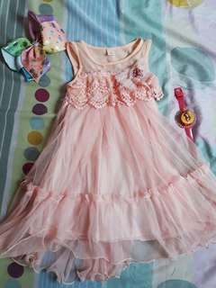 CLEAN OUT CLOSET SALE! PRELOVED PEACH COLORED LACE SLEEVELESS DRESS (5T)