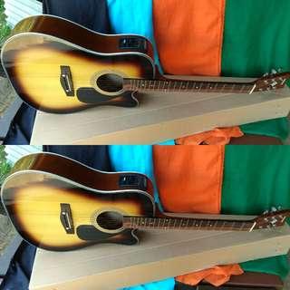 Gitar akustik elektrik jumbo