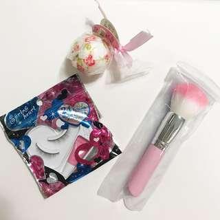 🚚 [20元專區] 全新 入浴球 化妝刷 假睫毛 可換物