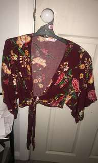 Floral tie up top size 8