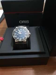 Oris Aquis Date Automatic Divers Watch