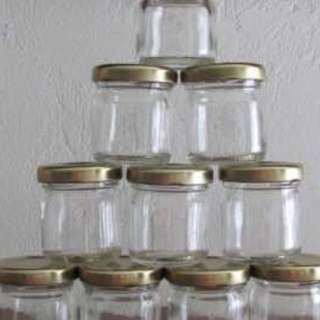 45ml glass jar with gold metal cap