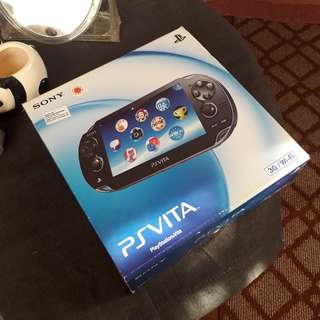 PS Vita 1K Crystal Black