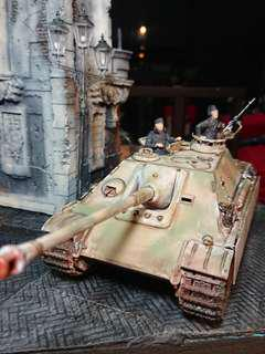 1/35 Scale Jagdpanther Panzer tank for diorama or stand alone Display