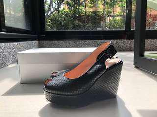 🚚 Robert Clergerie黑色涼鞋