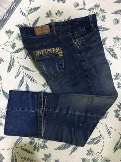 Ladies denim/distressed pants