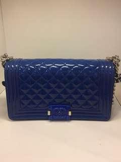 正品 85%新 Chanel Boy 25cm 電光藍色雙鍊上膊袋