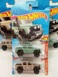 HOT WHEELS 15 LAND ROVER DEFENDER DOUBLE CAB (一對共兩隻是$98)
