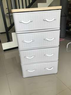 Storage 4 laci (rak pakaian)