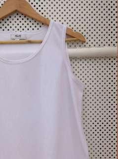 Plain White Sleevless Blouse