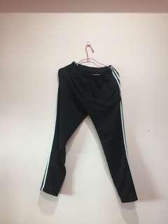 🚚 三線運動褲