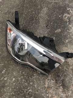 Perodua Bezza Headlamp Kanan