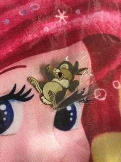 迪士尼樂園徽章襟章Disney Pin Disneyland (包平郵)Thumper